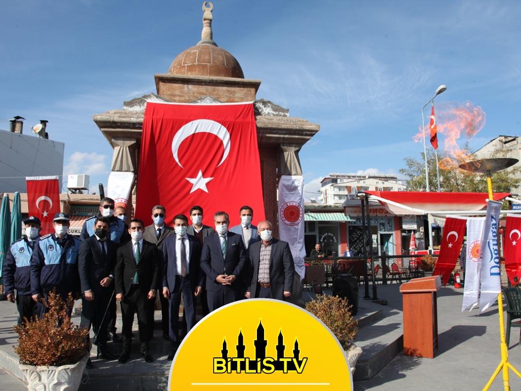 Bitlis'in Ahlat İlçesinde Doğalgaz Meşalesi Yakıldı