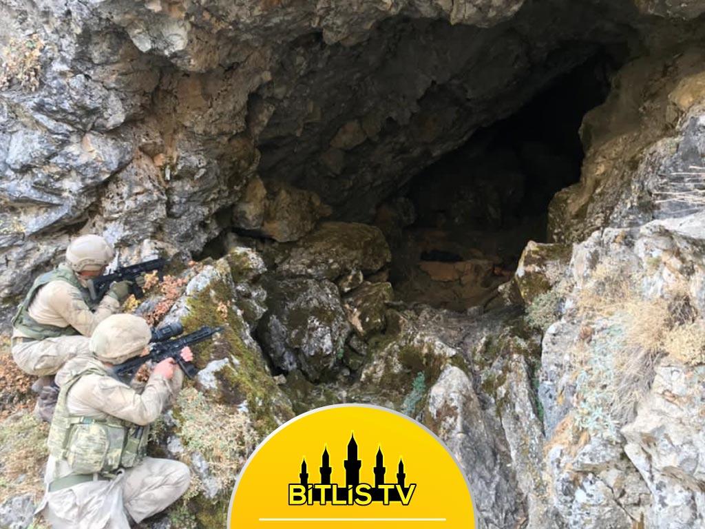 Bitlis'te Patlayıcı Yapımında Kullanılan Malzemeler Bulundu