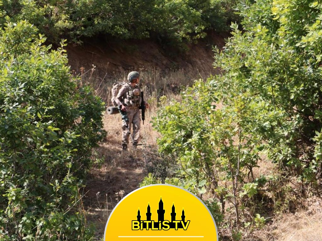 """Bitlis'te """"Yıldırım-15 Mutki-Sarpkaya"""" Operasyonu"""