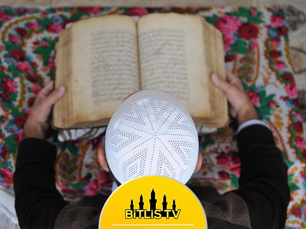 El Yazması Kur'an-ı Kerim'e Özenli Bakım