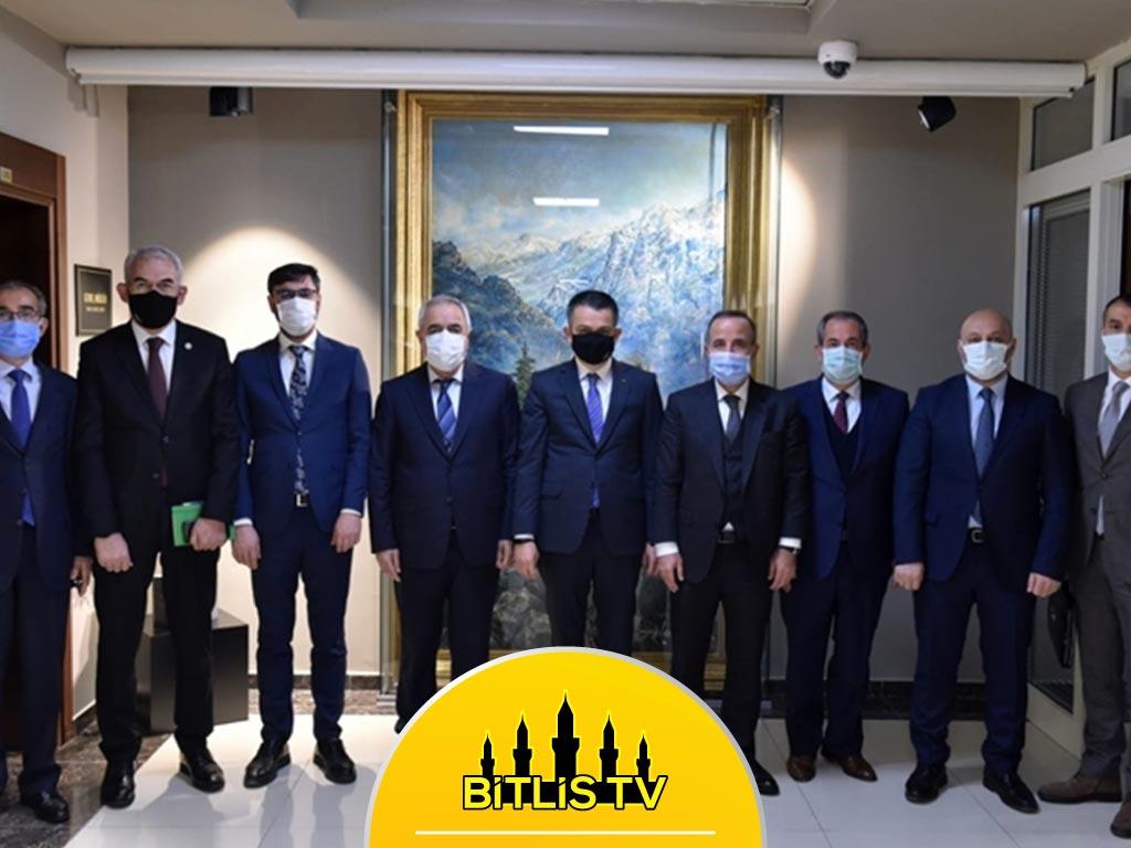 """Adilcevaz Belediye Başkanı Gürsoy : """"2021 Yatırım Yılı Olacak"""""""