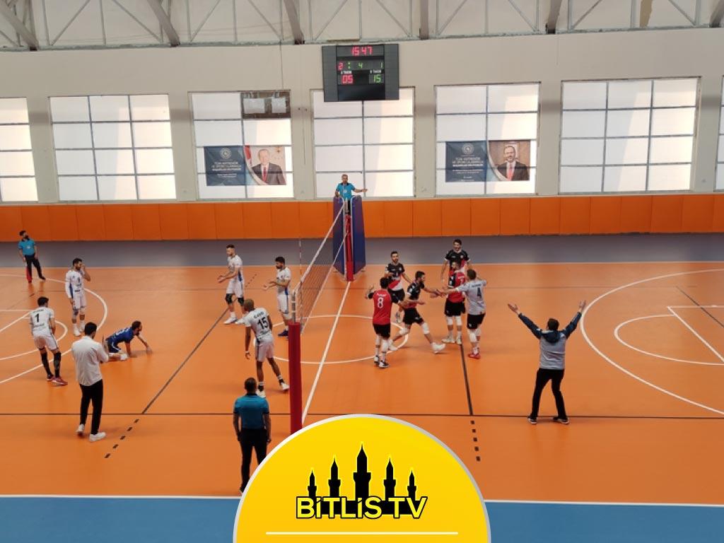 Adilcevaz Türşadspor, Tokat Niksar Belediyespor'u Yendi