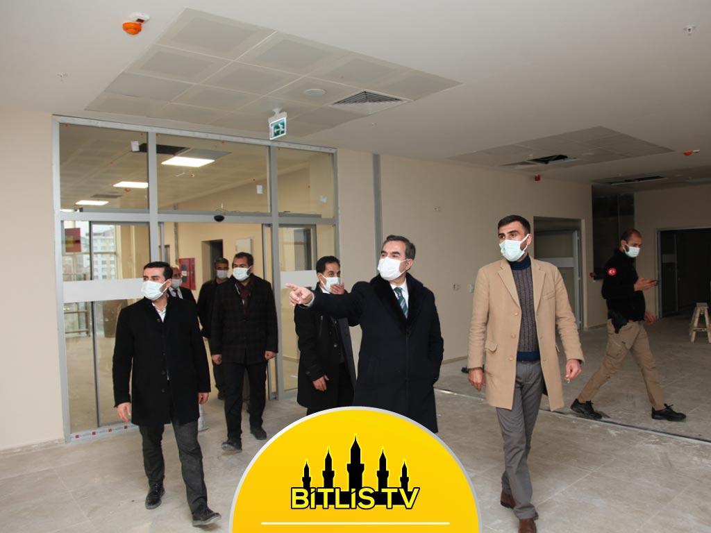 Başkan Çoban, Yeni Hastane Binasında İncelemelerde Bulundu