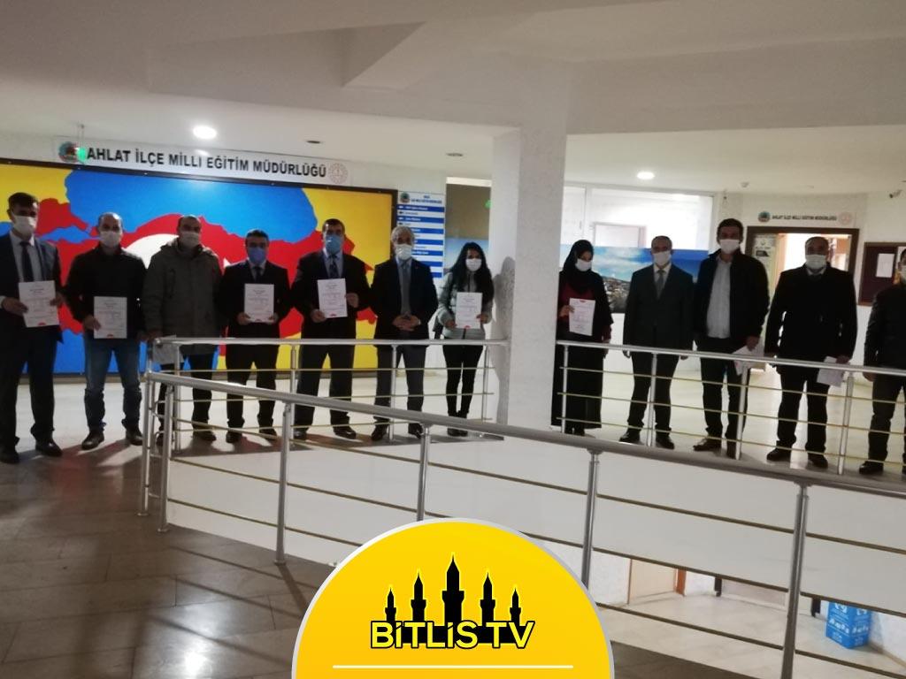 "Bitlis Ahlat'ta 19 Okula ""Okulum Temiz"" Belgesi Verildi"